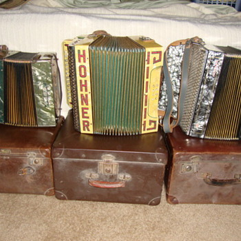 Hohner Accordeons - Music