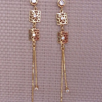 Gold and Diamond earrings - Fine Jewelry