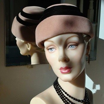 1940s Pink Felt Step Toque Topper - Hats