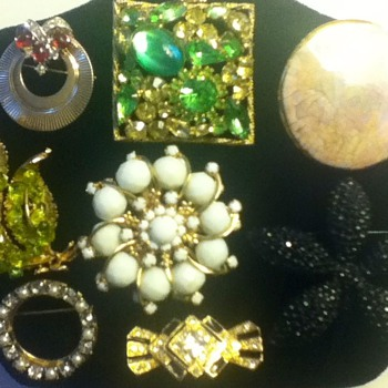Assortment of Pins and Brooches - Costume Jewelry