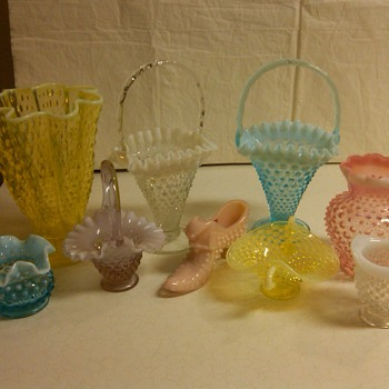 MORE PIECES OF FENTON HOBNAIL  - Glassware