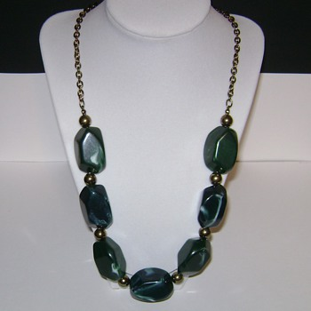 Vintage 1950's Necklace - Costume Jewelry