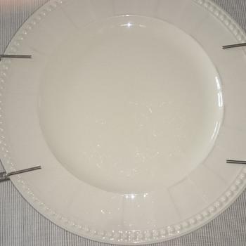 Modernist/brutalist sterling handgrip/warm plate holder