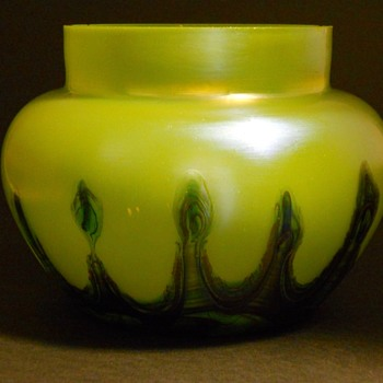 RINDSKOFP ?- Pull Feather Posi Vase, Circa 1930