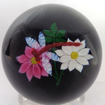 William Mason Caithness Glass Dragonfly & Flowers Paperweight