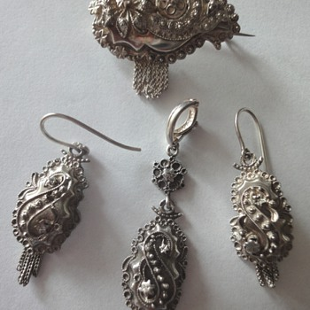 Dutch Silver Antique Peasant Set (Parure)