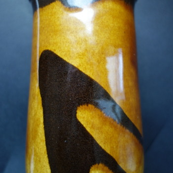 Mystery maker's mark on vase 1 - brown and tan glaze
