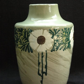 leon elchinger art nouveau vase with with flowers pattern circa 1905 - Pottery