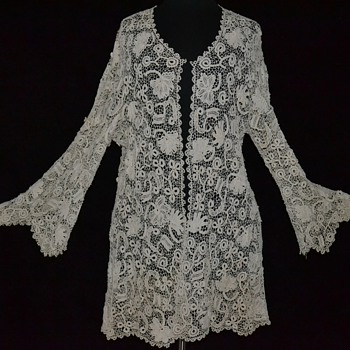 Exquisite Antique Victorian Edwardian Irish Crocheted Lace Jacket
