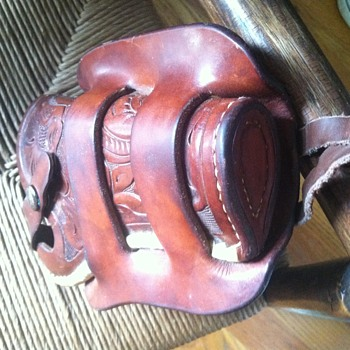 Hermann H. Heiser officers model?  holster- laced-floral