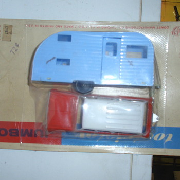 Old toy camper and pickup - Model Cars