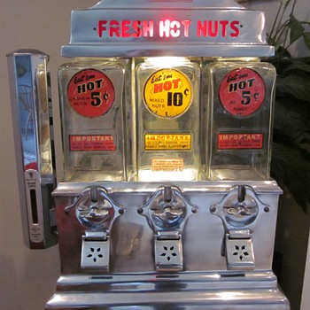 1940&#039;s Ajax Fresh Hot Nuts Vending Machine - Coin Operated
