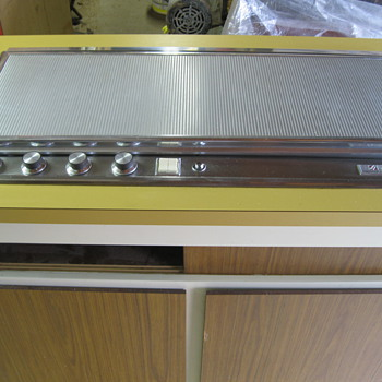 Streamlined COOL 60's Jenn-Air Cook Top