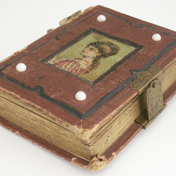 1800&#039;s Photograph Album