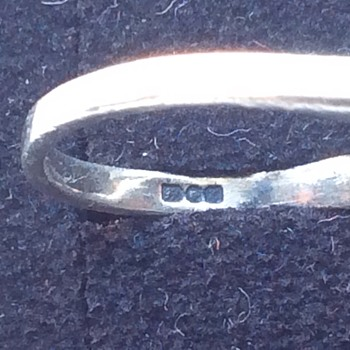 Markings on old ring