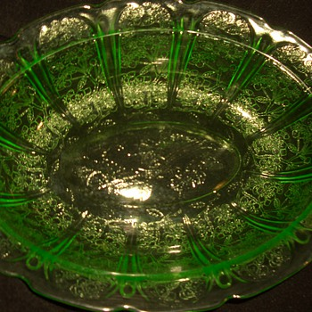 Green Depression Uranium  Glass Collection
