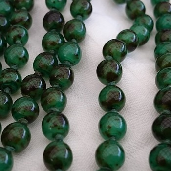 Vintage glass bead flapperstyle necklace - Costume Jewelry
