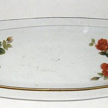 CHANCE GLASS - ENGLAND - RED FLOWERS ( item # 1)