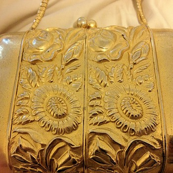 Real Judith Leiber? How to tell? Value?