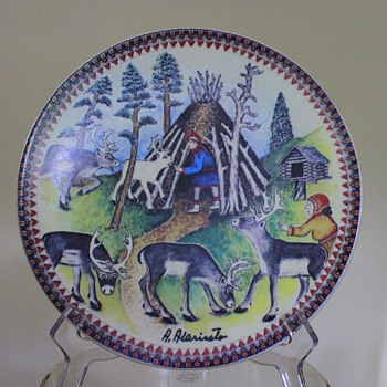Arabia Wall Plate Lappland Souvenir