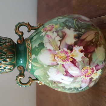 Green Flowered Vase-European