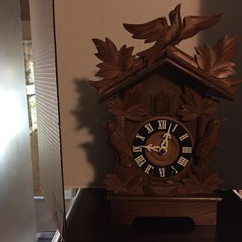 Mantel cuckoo clock vintage   Maybe Herbert Herr?