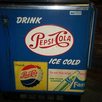Vintage Pepsi Machine - Coin Operated