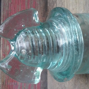 "Plain aqua glass insulator only embossed with ""CABLE"" Hemingray? - Tools and Hardware"
