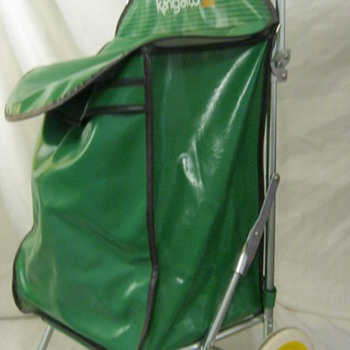 Vintage Rolling Green Kanagroo Bag