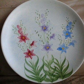 Hand painted - Art Pottery
