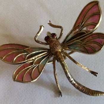 Poor little dragonfly! - Fine Jewelry