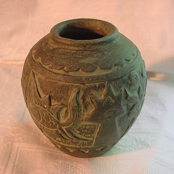 Mystery carved art pottery vase  SEDONA ? - Art Pottery