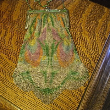 A Few Dresden/Whiting&Davis Antique Metal Mesh Purses