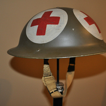Canadian Four Panel Medics Helmet