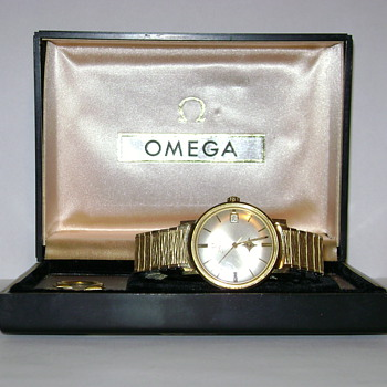 Omega Vintage Wristwatch W/Instructions and Box