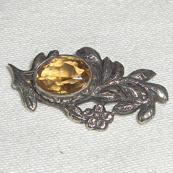European Vintage Silver Faceted Citrine Stone Pin Unknown Mark