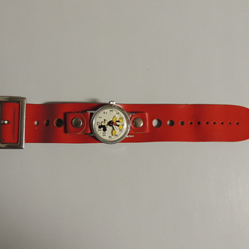 MICKEY MOUSE WRIST WATCH - Wristwatches