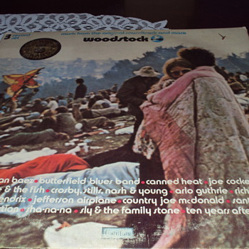ALBUM COVER  AND INSIDE ARTWORK WOODSTOCK   
