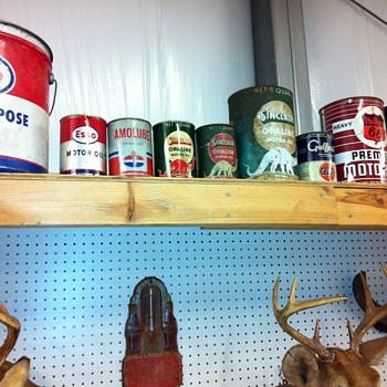 More oil cans,Project 63 impala motor - Petroliana