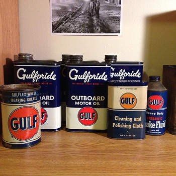 Gulf Outboard Motor Oil Cans, Polishing Cloth, Brake Fluid, Bearing Grease - Petroliana