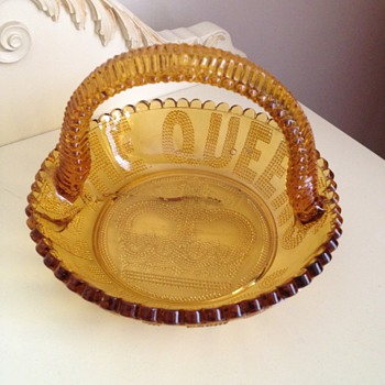 Queen Victoria Golden Jubilee commemorative Dish 1887 - Victorian Era
