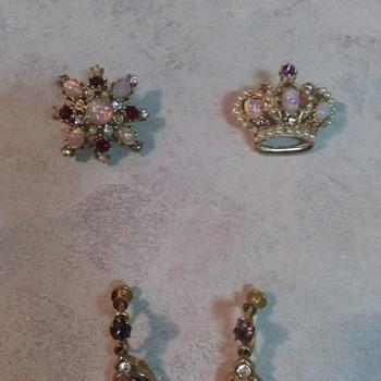 OPAL JEWELRY  - Costume Jewelry