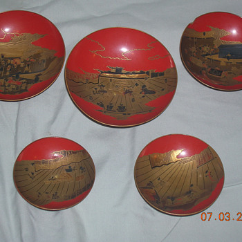 Antique Lacquerware Sakazuki Set