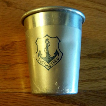 &quot;FEST und TREU&quot; religious cup with anchor emblem? - Kitchen