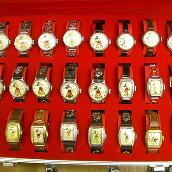 Mickey Mouse Watches 1933 - 1946 - Wristwatches