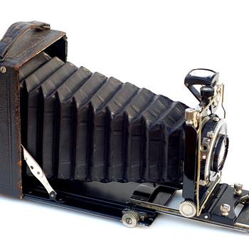 Bee Bee (Model A) - Cameras