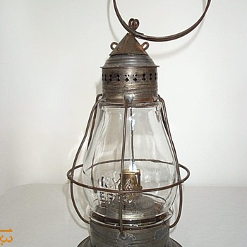 New York & Erie RR Co Fixed Globe Railroad Lantern  - Railroadiana