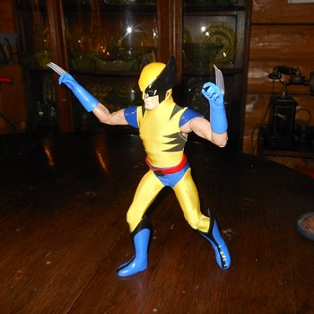 Captain Action Round 2 Wolverine
