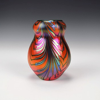 CHARLES LOTTON MANDARIN ORANGE VASE - Art Glass