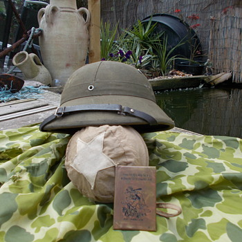 vietnam sun helmet  - Military and Wartime